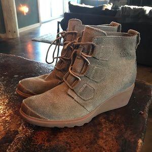 NEW SOREL Toronto Booties Wedge Boots 6.5 Gray